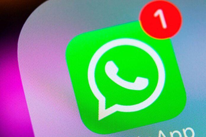 Pasos para ocultar una conversación de WhatsApp.
